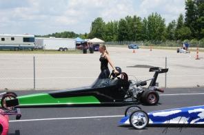Drag Racing Anna201806101222330112