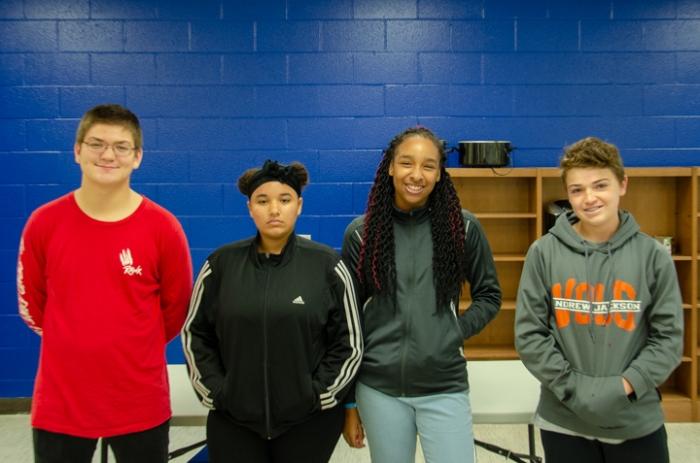 AJMS Students for Vet Day-2312